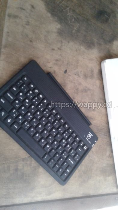 Clavier Bluetooth rechargeable