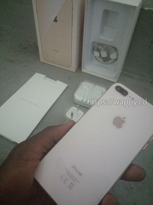 IPhone 8+ et iPhone XS MAX