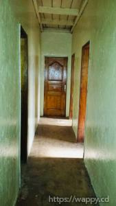 Maison : Salon + 4 Chambres