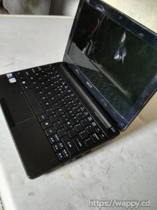 Mini ordinateur Acer encore en bon état