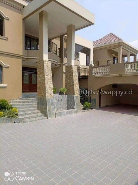 Villa en vente dans le quartier Mont Fleury