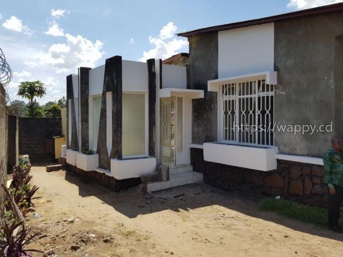 Belle maison à Binza Ozone